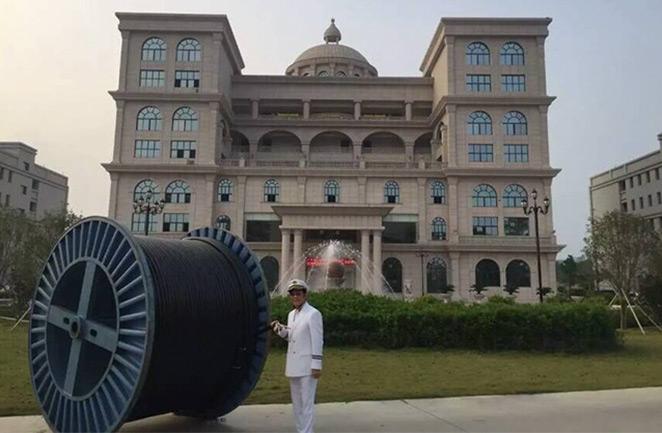 美国华裔市长再次参观珠江电缆